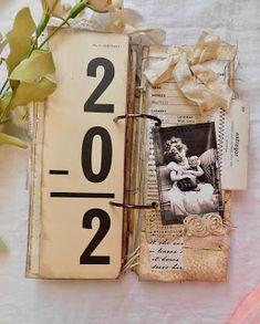 Vintage flash cards-turned-book. Creative Cafe'