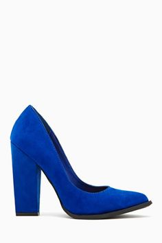 don't you step on my blue suede shoes.