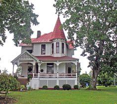Victorian home in Bridgeport, AL Jackson Co. AL