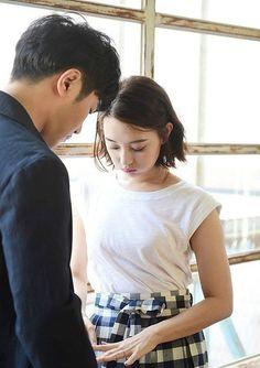 Jin Goo and Kim Ji Won overflow with adorableness in b-cuts for 'Grazia'   allkpop.com