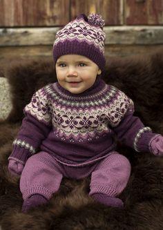 Ravelry: 27011 Dale Garn Baby Sweater pattern by Olaug Kleppe Baby Sweater Knitting Pattern, Baby Sweater Patterns, Fair Isle Knitting Patterns, Knit Baby Sweaters, Knitted Baby Clothes, Baby Patterns, Knit Patterns, Knitted Bags, Knitting For Kids