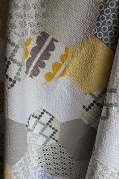Hexagon Quilt - Tallgrass Prairie Studio- free tutorial