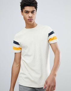 Asos DESIGN t-shirt in towelling with contrast sleeve panels in ecru Printed Shirts, Tee Shirts, Online Shop Kleidung, Creative T Shirt Design, Mode Online Shop, Boys Wear, T Shirt Diy, Cycling Outfit, Latest Fashion Clothes