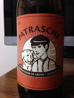 Cerveja Patrasche, estilo Belgian Dubbel, produzida por Brouwerij De Arend, Bélgica. 8% ABV de álcool.