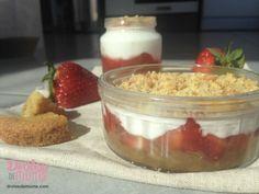 Dessert miam pour bébé : un crumble aux fraises - Drôles de mums