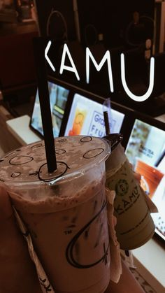 Bubble Milk Tea, Tumblr Food, Snap Food, Cafe Food, Restaurant Recipes, Food Cravings, Baking Ingredients, Junk Food, Coffee Drinks