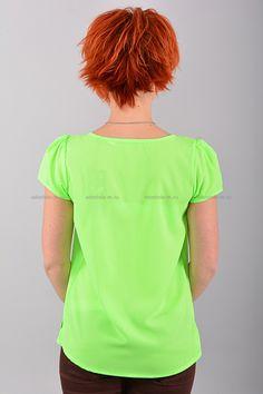 Блуза В0423  Цена: 490 руб  Размеры: 42-50    Оригинальная блуза с короткими рукавами, свободного кроя.  Выполнено из легкого материала однотонной расцветки.  Низ на эластичной резинке.  Состав: 100 % шифон.  Рост модели на фото: 156 см.     http://odezhda-m.ru/products/bluza-v0423     #одежда #женщинам #блузкирубашки #одеждамаркет