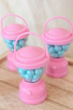 Fill petite Pink Lantern Candy Containers with our Sparkling Powder Blue Chocolate Candies as a fun and easy way to let your campers take the fun home with them. For more inspiration on throwing a perfectly chic glamping party, take a peek at the glamping post by @sweetlychicdes on the blog!