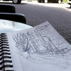 На шиномонтаже. Первая ежегодная тренировка из двух.  #drawing #illustration #portrait #sketch #pencil #sketchbook #art #artwork #painting #eskiz #topcreator #портрет #рисунок #карандаш #набросок #эскиз