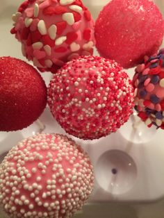 Love my rolled pinkalicious Strawberry cake pops