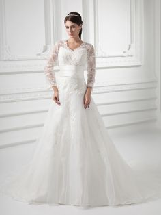 Stunning Vintage style wedding dresses under $300   Gift Ideas For all Occasions