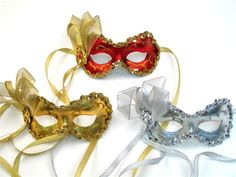 Thought it would be cool wear the masks until u say I do the would can take them of the perfect masquerade wedding!!!  Angelina....in purple and silver. Another great mask site