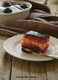 zuppa inglese della nonna Italian Cake, Italian Desserts, Köstliche Desserts, Italian Recipes, Dessert Recipes, Delicious Cake Recipes, Yummy Cakes, Sweet Recipes, Yummy Food