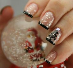 More Christmas nail art here - http://dropdeadgorgeousdaily.com/2013/12/christmas-nail-art/