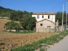 76036 House for Sale in TOSSICIA (Teramo) Abruzzo - Gate-Away.com