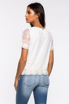 Блуза Размеры: S, M, L Цвет: кремовый, розовый Цена: 1353 руб.     #одежда #женщинам #блузы #коопт