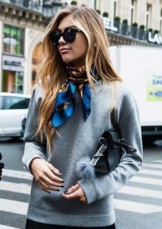 An Hermes scarf is a must-have for the fashion-dedicated. An Hermes scarf is a must-have for the fashion-dedicated. An Hermes scarf is a must-have for the fashion-dedicated. Fashion Mode, Fashion Week, Look Fashion, Fashion Trends, Street Fashion, Trending Fashion, Fall Fashion, Workwear Fashion, Fashion Blogs