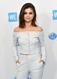 Short hair selena gomez