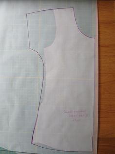 Techniques Couture, Sewing Techniques, Dress Sewing Patterns, Clothing Patterns, Skirt Patterns, Coat Patterns, Blouse Patterns, Como Fazer Short, Sewing Collars