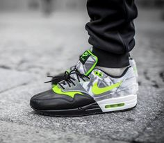 "Nike Air Max 1 WMNS ""Training Pack"" – Black / Volt – White"