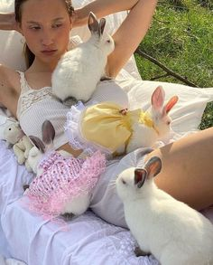 Somebunny Loves You, Living In London, Cute Creatures, Aesthetic Photo, New Wall, Cute Baby Animals, Belle Photo, Dream Life, Fur Babies