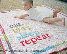 This modern baby quilt is too cute for words!