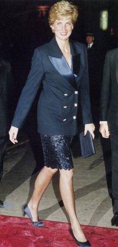 Activités de Diana du mois de fin Septembre et  bébut Octobre  _ 1990  / Suite