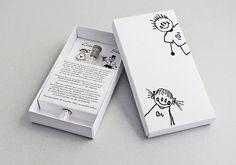 Invitación de boda con un tubo de ensayo dentro
