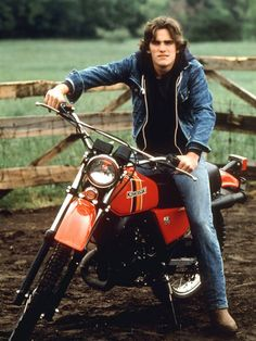 Matt Dillon's prime years. I had this picture and many others of Matt ALL OVER my bedroom walls!!! I still admire him for his looks and talent!