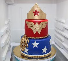 ❤️ And last but definitely not least, my favorite of the week, this Wonder Woman inspired cake ❤️ #PrincessJonalyn #CakesByPrincessJonalyn #WonderWomanCake #WonderWoman #WonderWomanParty #FondantCakes #SuperHeroCake
