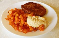 Disfruta de una deliciosa hamburguesa vegana casera a base de garbanzos.  #garbanzos #hummus #recetasveganas #hamburguesa #veggie #veggiefood #recetasana #recetariosano Hummus, Risotto, Grains, Rice, Ethnic Recipes, Relleno, Food, Portuguese Recipes, Baked Carrots