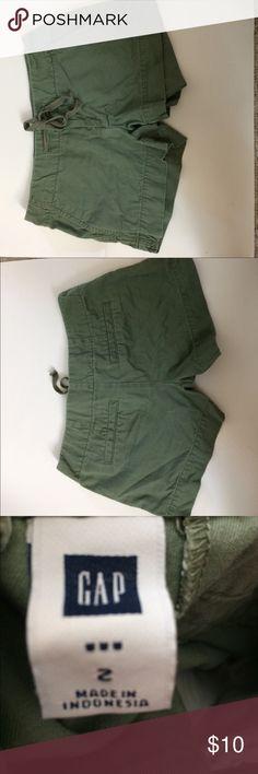 SALE! Gap Shorts EUC! ECU! Gap Shorts GAP Shorts Cargos