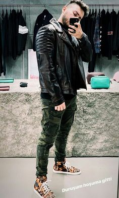 Youtubers, Leather Jacket, Jackets, Instagram, Style, Fashion, Music, Studded Leather Jacket, Down Jackets