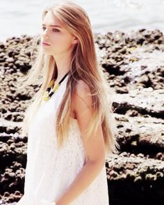 Indiana Evans as Ondina Blake Indiana Evans, Beautiful Celebrities, Beautiful Actresses, Pretty People, Beautiful People, Hollywood Girls, Beach Hair, Woman Crush, Belle Photo