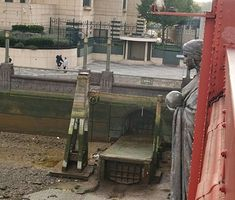 Outfall of The River Effra beside Vauxhall Bridge under the M16 building