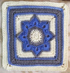8 pointed flower square Ravelry: sheltiewalker's CCC CAL 2014 Block a Week #7 Free crochet granny afghan square pattern from Ravelry