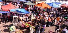 """Vendedores advierten de manifestaciones por suspensión de mercado """"Pulga"""" en Santiago"""