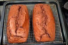 Banana bread chec cu banane si cacao | Savori Urbane Banana Bread, Food, Banana, Pie, Meals