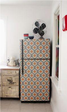 DIY :: Wallpapered Fridge