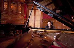 Google-Ergebnis für http://magnusbogucki.com/blog/Hochzeitsfotos/piano_portrait_luzern1.jpg