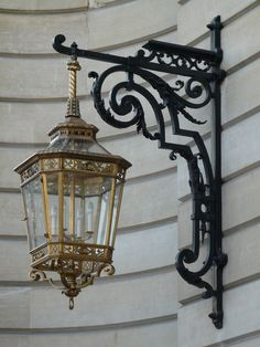 Take a look at this incredible photo - what a very creative design and style Antique Light Fixtures, Antique Lighting, Modern Lighting, Outdoor Wall Lantern, Outdoor Wall Sconce, Chandelier Lighting, Chandeliers, Muebles Estilo Art Nouveau, Antique Lanterns