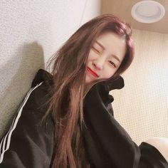 Oh My Girl Jiho, Arin Oh My Girl, Korean Aesthetic, Soyeon, K Beauty, Kpop Girls, Girl Group, Youtube, Dancer