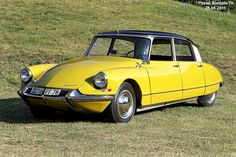 1964 Citroen DS in Passo Bordala Valle Gresta Italy Citroen Ds, 3008 Peugeot, Peugeot 206, Classic Motors, Classic Cars, My Dream Car, Dream Cars, Yellow Car, Manx