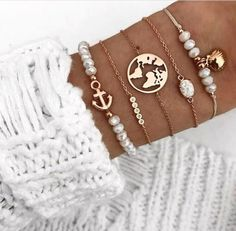 Awesome fancy bracelet winter trend 4 - Women's Jewelry and Accessories-Women Fashion Rose Gold Jewelry, Dainty Jewelry, Cute Jewelry, Women Accessories, Jewelry Accessories, Fashion Accessories, Fashion Jewelry, Trendy Bracelets, Jewelry Bracelets