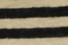小麦色×黒色の生地。