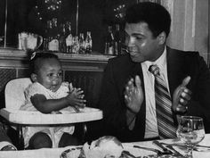 Muhammad Ali & Family amused his 13 month old daughter,
