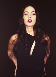 One day I hope my hair is long like this so I can rock red lips too :)