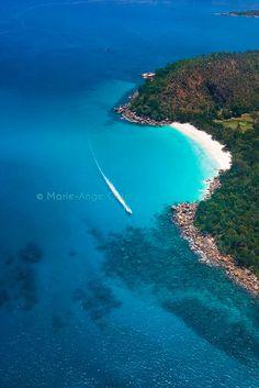 Anse Georgette (Praslin, Seychelles). + ici : http://www.unmondeailleurs.net/tag/voyage-seychelles/
