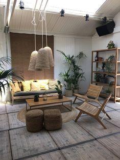 Ibiza Style Interior, Stylish Interior, Sims 4 House Building, Bohemian House, Interior Decorating, Interior Design, Tropical Style, House Colors, Interior Inspiration