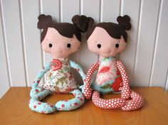 Adorable Dolls!  Great thing to make for the nieces